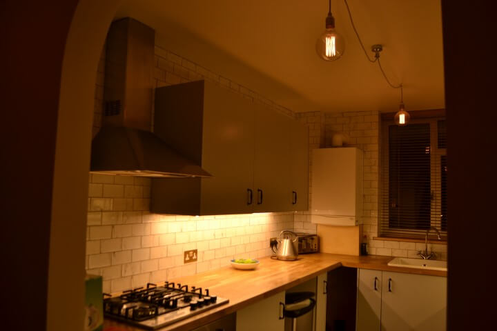 islington electricians install lighting